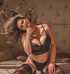 Eva Bluee