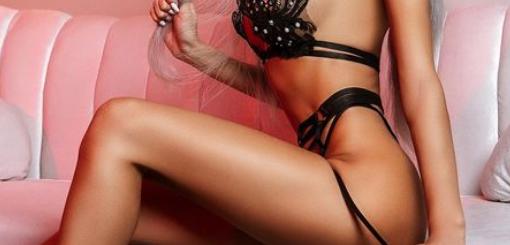 top model blonde no money free show